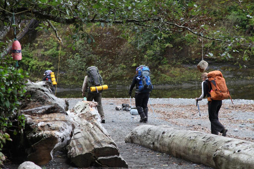 women-courage-hike-river