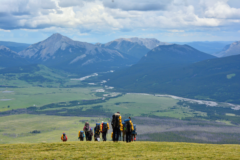 header-mountain-hiking